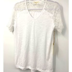 Paper & Tee White Lace T-shirt - NEW - Size: Large